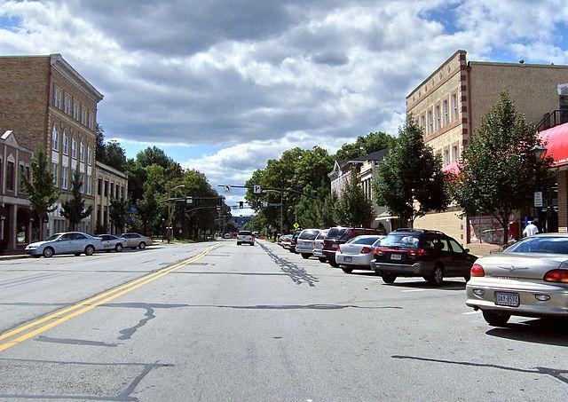 640px-Downtown_Beaver_Pennsylvania.jpg